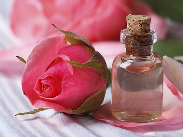 giảm stress nhờ tinh dầu hoa hồng